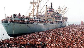 8 agosto 1991 – 8 agosto 2021 – Trent'anni anni fa l'approdo a Bari della nave Vlora con 20.000 migranti Albanesi